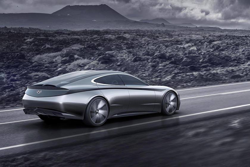 2020 Hyundai Sonata To Get Striking New Design Carbuzz