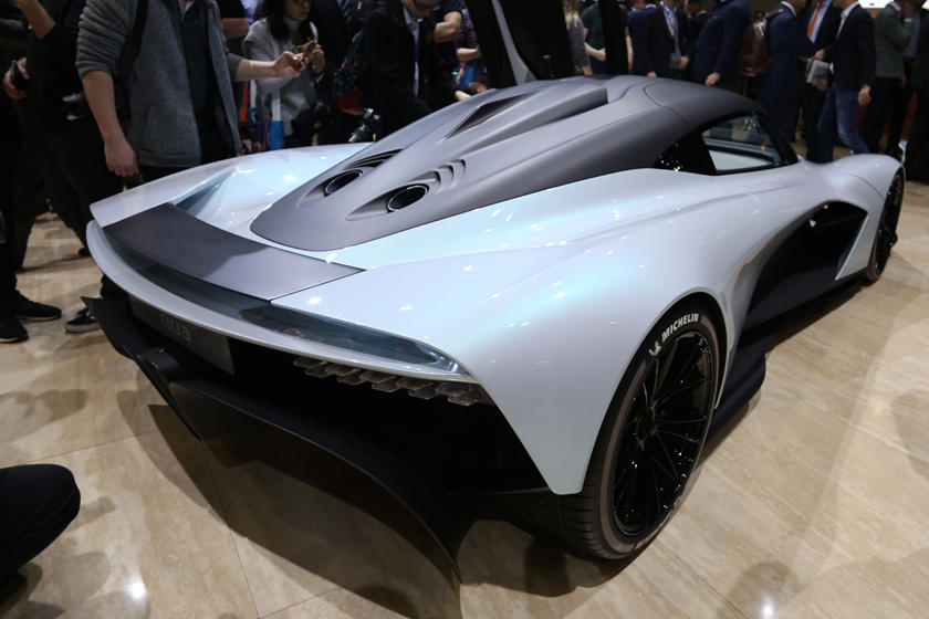 Aston Martin Am Rb 003 Concept Looks Like A Mini Valkyrie Carbuzz