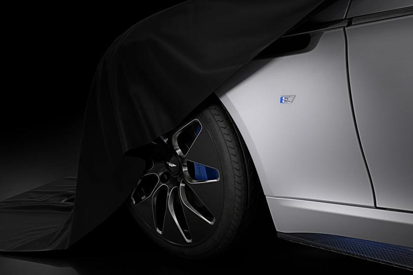 James Bond May Not Like His New Aston Martin Carbuzz