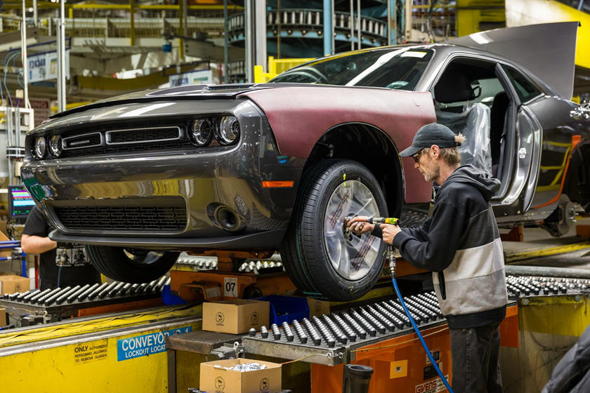 Dodge Charger And Challenger Production Shutting Down | CarBuzz