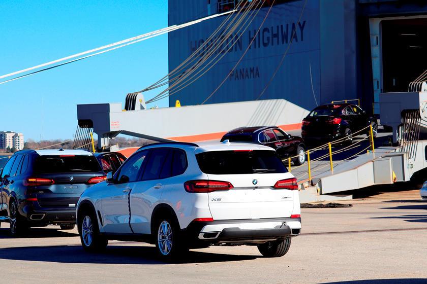 Massive Transmission Deal Keeps BMW Safe From Tariffs | CarBuzz