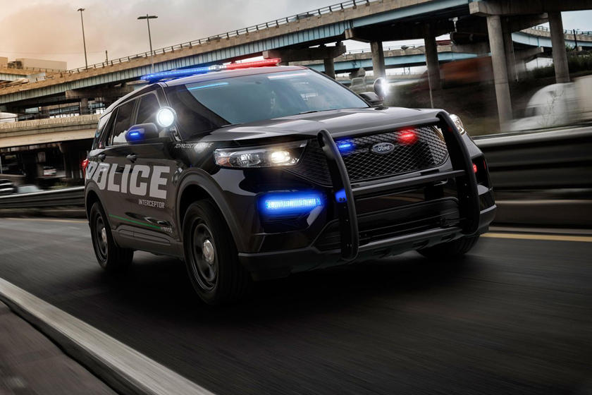 Used Police Cars >> Cars That Should Be Used As Police Cars Carbuzz