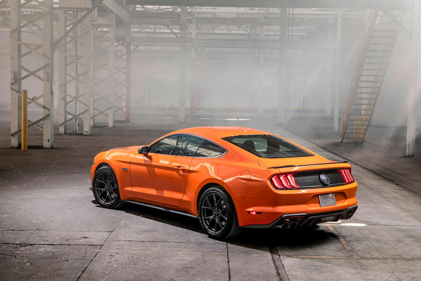 2020 Ford Mustang EcoBoost Gets 330-HP High-Performance Pack