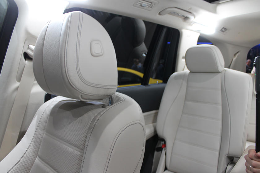 All-New 2020 Mercedes GLS Arrives To Battle BMW X7 | CarBuzz