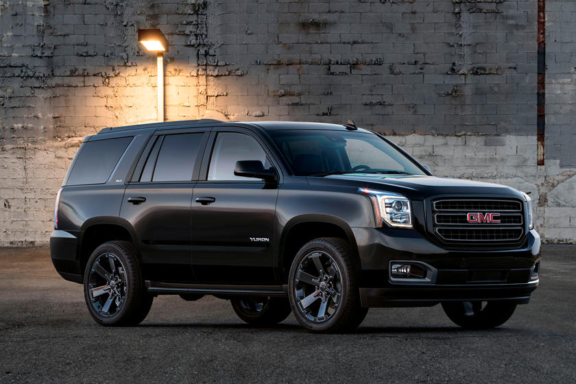 2021 Chevrolet Tahoe And Suburban Could Be Next-gen Models >> Cadillac Escalade Fans Are Not Going To Like This Carbuzz