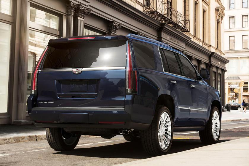 2020 Cadillac Escalade And Escalade ESV Rumors >> Cadillac Escalade Fans Will Be Thrilled About This Carbuzz