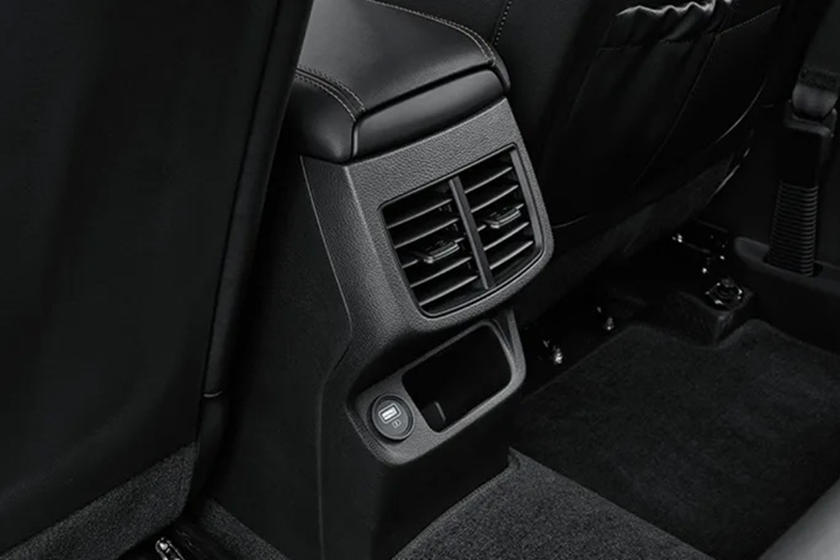 2020 Kia Seltos Interior Looks Incredibly Slick Carbuzz