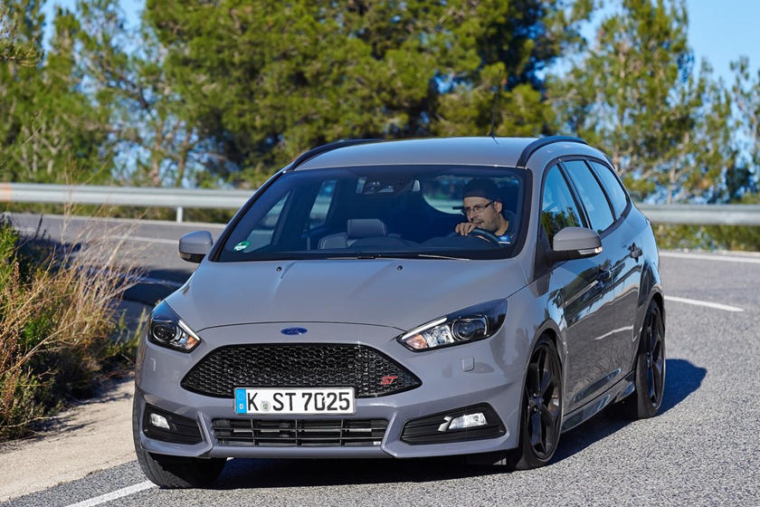 Ford Makes Another Embarrassing Focus St Mistake Carbuzz
