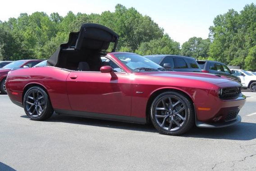 Dodge Challenger Convertible >> You Can Now Buy The Dodge Challenger Convertible Of Your