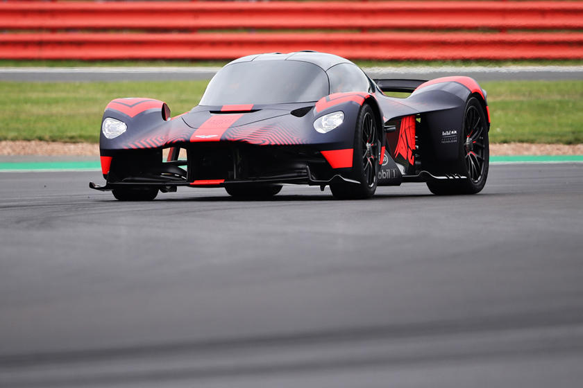 The Aston Martin Valkyrie Sounds Absolutely Incredible Carbuzz