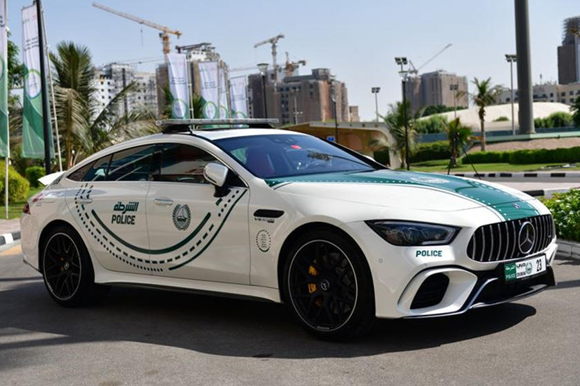 Mercedes Amg Gt 63 S Joins The Dubai Police Force Carbuzz