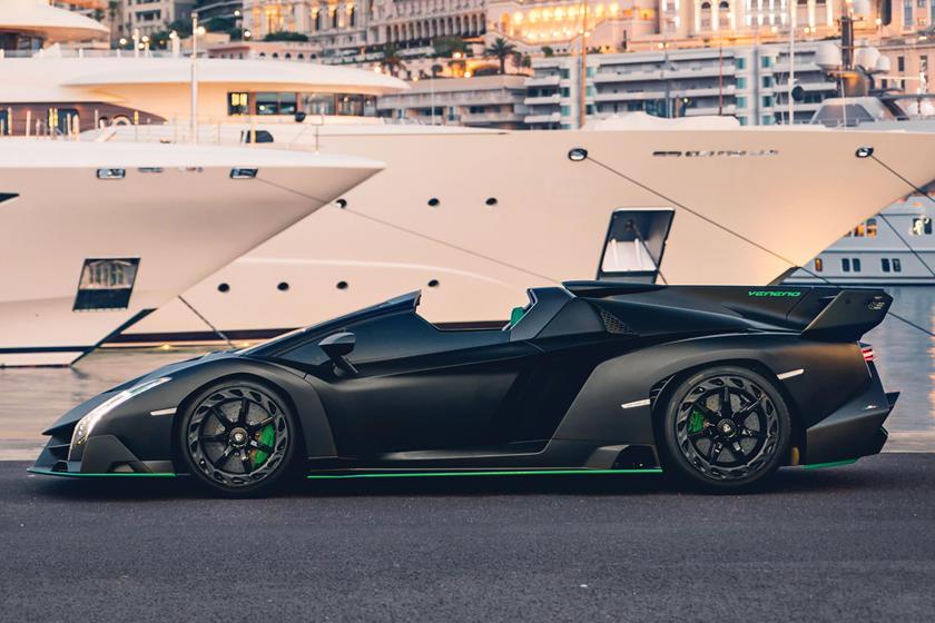 Ultra,Rare Lamborghini Veneno Roadster Is A Fighter,Jet For