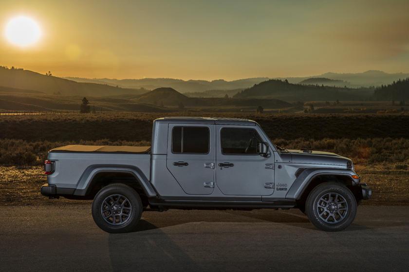 2020 jeep gladiator prices slashed across america  carbuzz