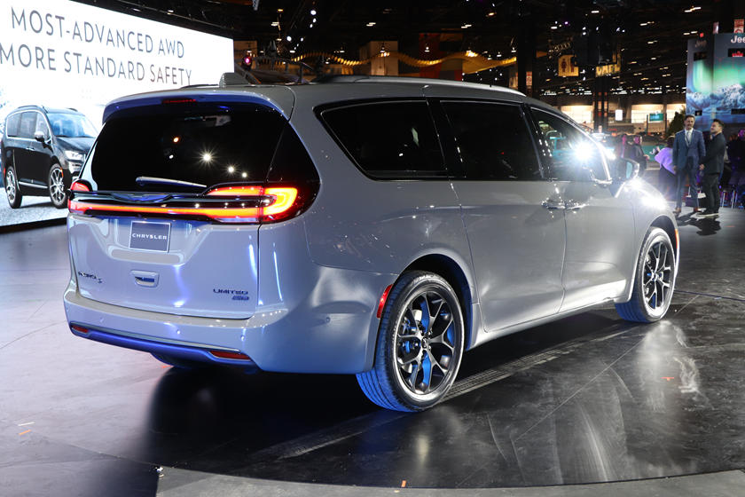 2021 Chrysler Voyager Lacks Another Pacifica Feature | CarBuzz