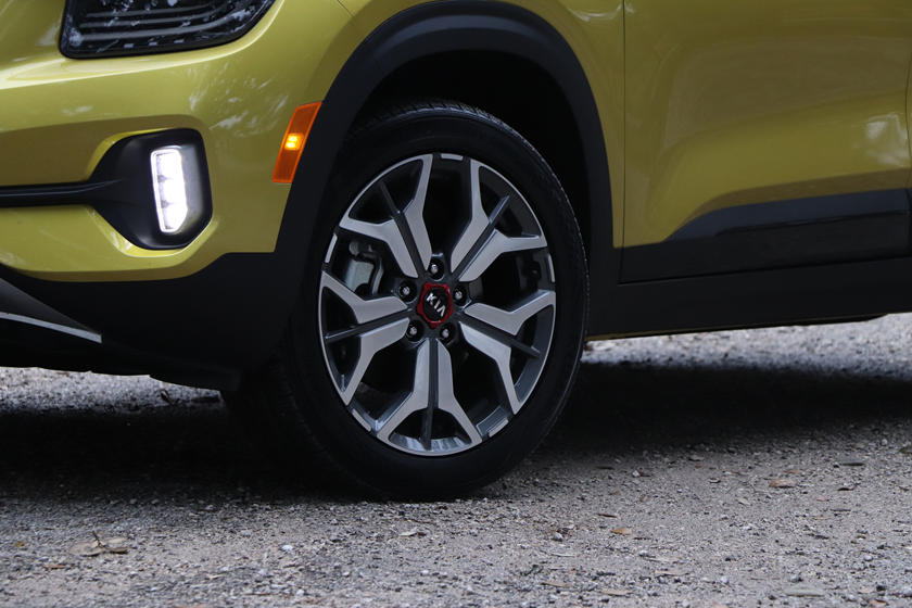 2021 kia seltos first drive review thinking outside the