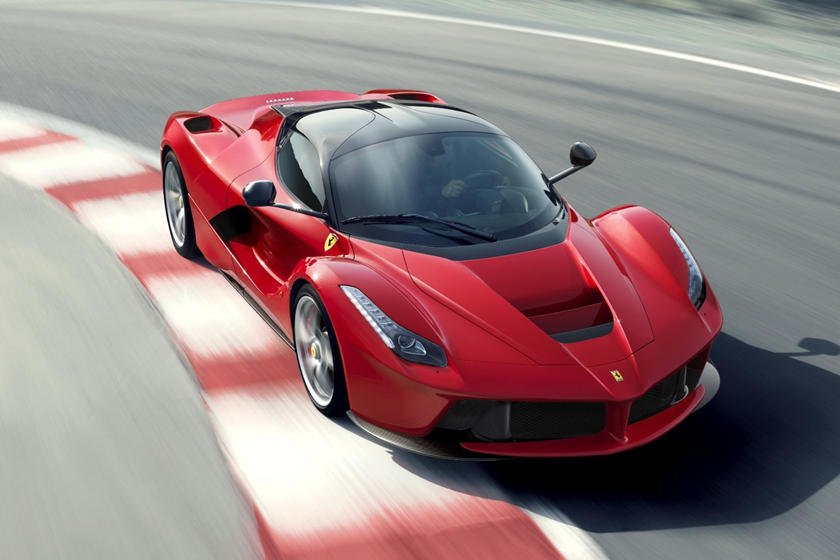 Watch The Ferrari Laferrari Hit Over 230 Mph Carbuzz