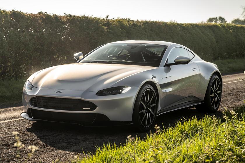 Aston Martin Vantage Gets A New Face Carbuzz