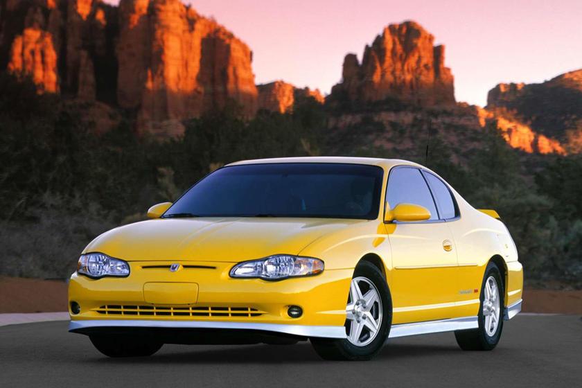 monte carlo chevy 2001 chevrolet strange into modernized coupe reimagined carbuzz autoevolution