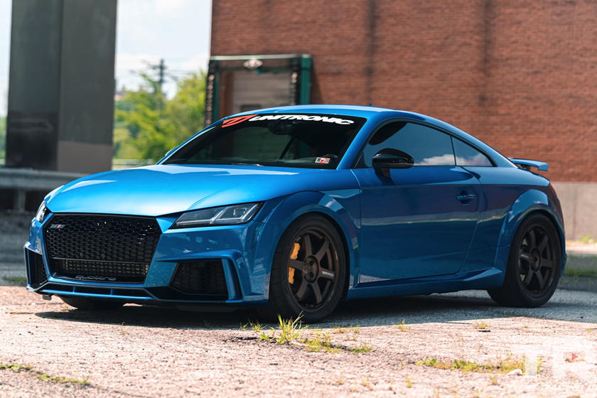 Watch A 900-HP Audi TT RS Launch To 60 MPH In 2 Seconds | CarBuzz