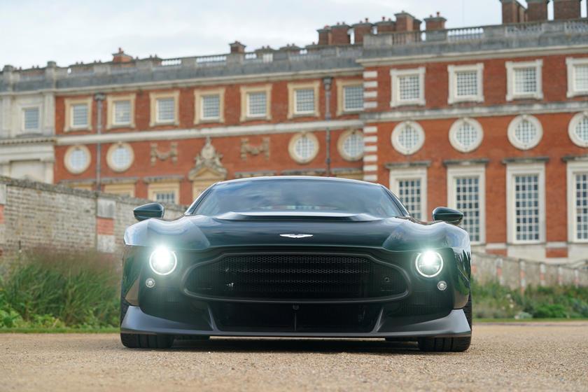 The 2 7 Million Aston Martin Victor Has Ebay Headlights Carbuzz