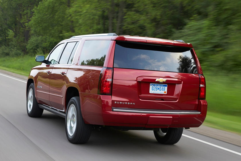 Chevy Is Desperate To Sell 2020 Suburbans Carbuzz
