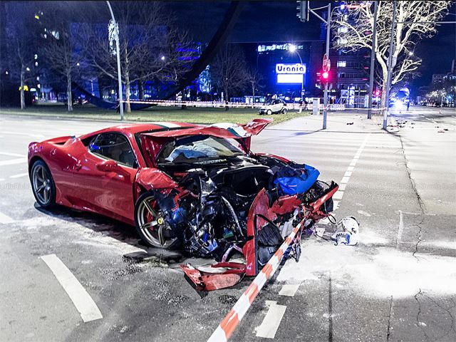 First Ferrari 458 Speciale Crushed By A Smart Car Carbuzz