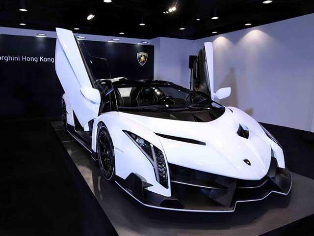 How Much Is A Lamborghini Veneno >> One Of Only 9 Lamborghini Veneno Roadsters In The World Was