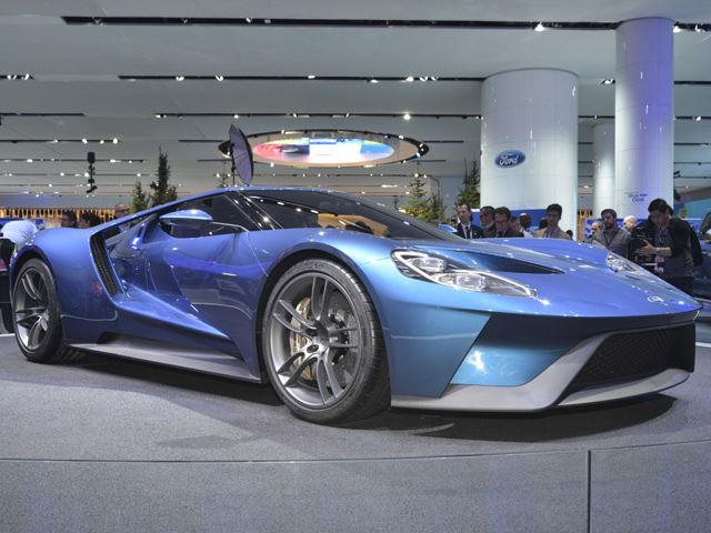Old Ford GT Vs  New Ford GT
