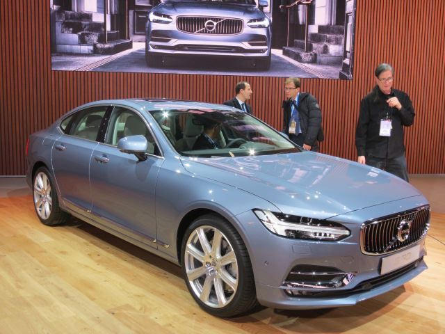 Volvo Promises Deathproof Vehicles By 2020 Carbuzz