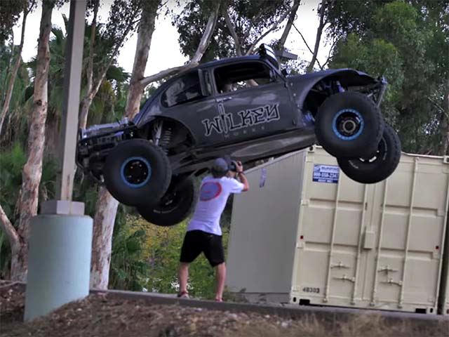 Police Absolutely Hate This 800-HP Dune Buggy | CarBuzz