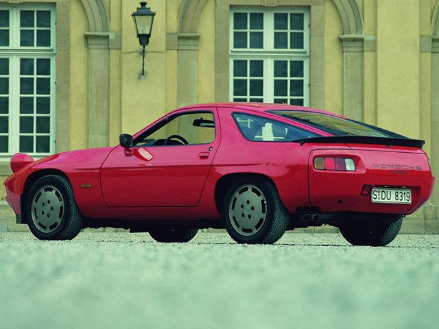 Cars Destined To Become Collectibles: Porsche 928 | CarBuzz