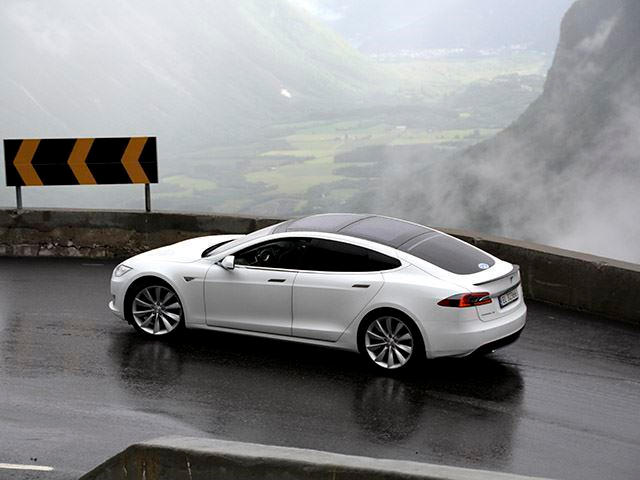 Tesla Can And Should Use The Model S To Make Electric Cars