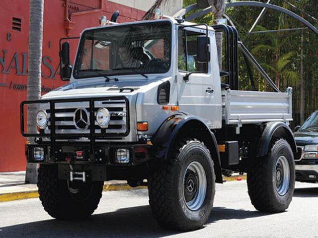 Unimog For Sale >> Why Doesn T Anyone Want To Buy Arnold Schwarzenegger S Unimog Carbuzz