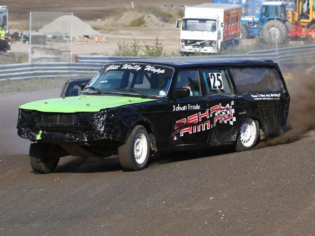 Folk Racing Is Where Crazy Swedes Kill Saabs And Volvos