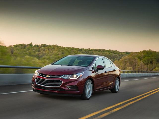 The Chevrolet Cruze Has A Diesel MPG That Would Embarrass A Prius