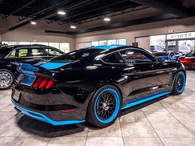 Richard Petty Mustang >> Is This Richard Petty Edition Ford Mustang Gt Worth 70 000 Carbuzz