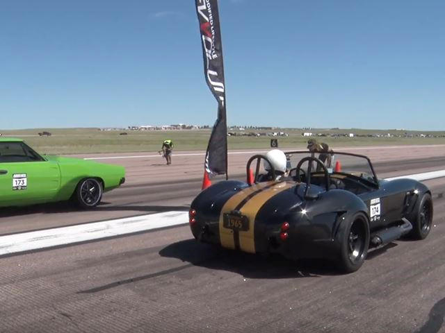 What Happens When You Strap A 900-HP Coyote Engine To An AC Cobra