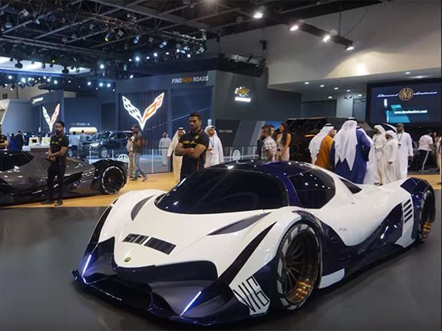5 000 Hp Devel Sixteen Hypercar Looks Production Ready In Dubai