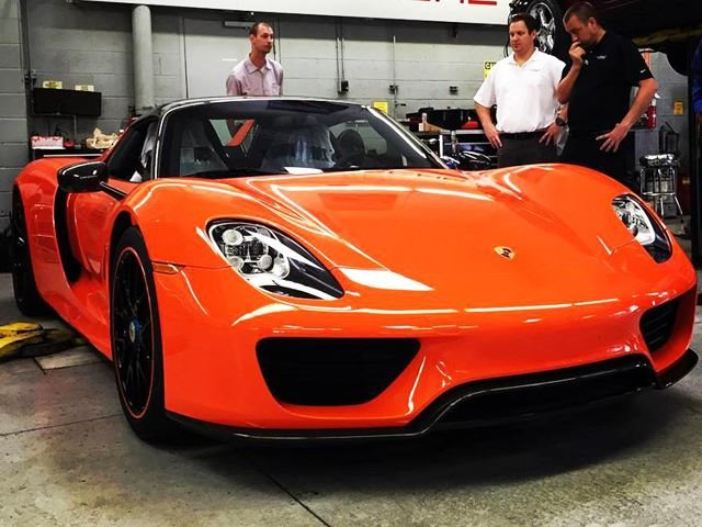 This Is One Of The Hottest Porsche 918 Spyders We Ve Ever Seen Carbuzz