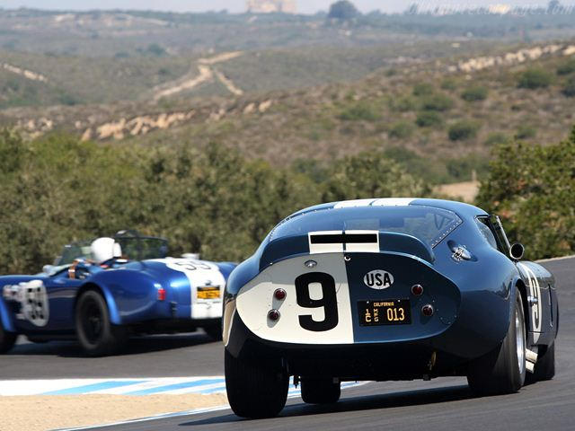 great automotive rivalries shelby  ferrari carbuzz