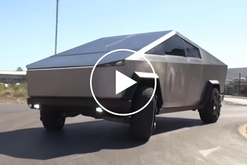 These Guys Ripped Apart A Ford Raptor To Build A Fake ...