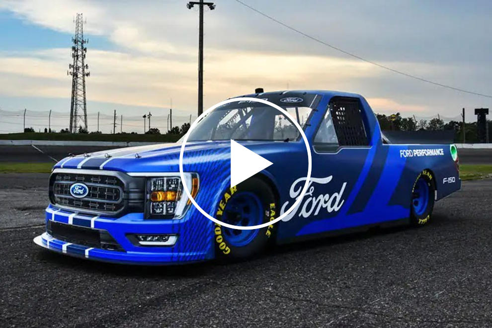 Ford Debuts Stunning New NASCAR Race Truck For 2022 - CarBuzz